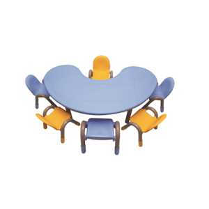 THE-BLUE-MOON-TABLE-WITH-SIX-CHICO-CHAIRS