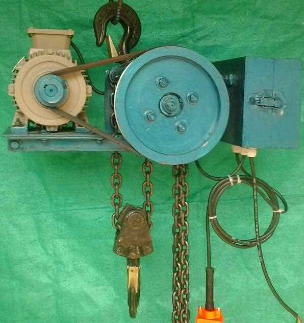 Motorized-Triple-Spur-Gear-Chain-Pulley-Block(Capacity-0.5-Ton-to-20.0-Ton)
